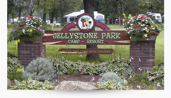 Jellystone Park entrance sign